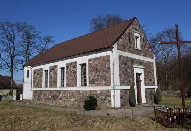 Tarnowo Kościół filialny pw Świętej Rodziny