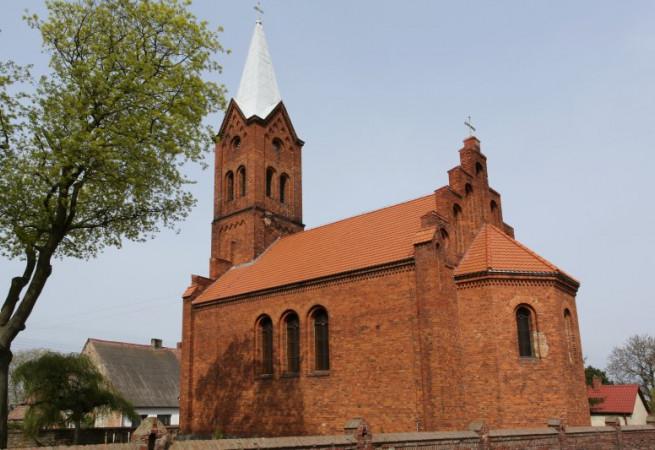 Brzezin Kościół filialny pw MB Częstochowskiej