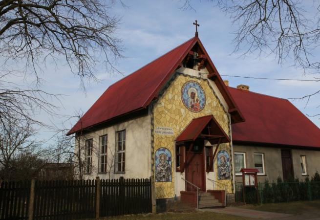 Niedźwiedź 20 A Kościół filialny pw MB Częstochowskiej