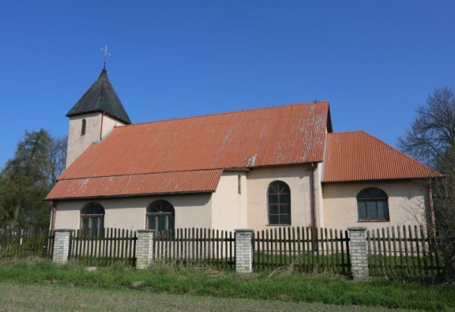 Kiczarowo Kościół filialny pw Świętej Rodziny