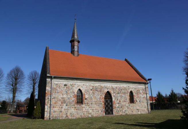 Strachocin Kościół filialny pw św.Siostry Faustyny Kowalskiej