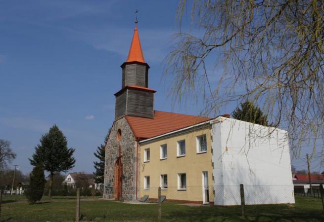 Storkowo Kościół parafialny pw MB Różańcowej