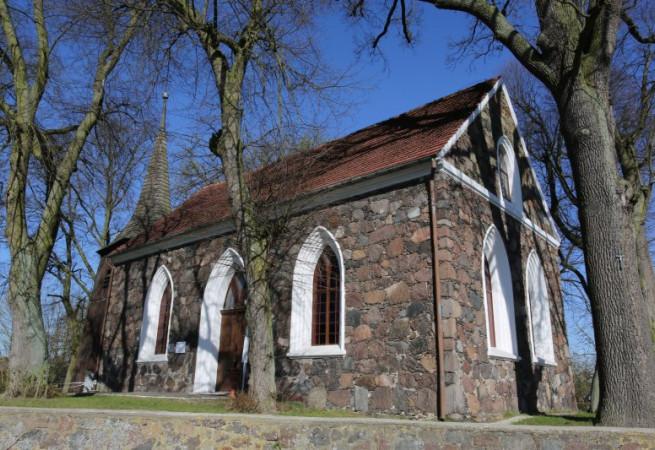Modrzewo Kościół filialny pw MB Różańcowej