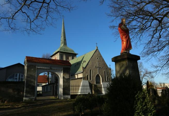 Szczecin Kościół parafialny pw MB Różańcowej