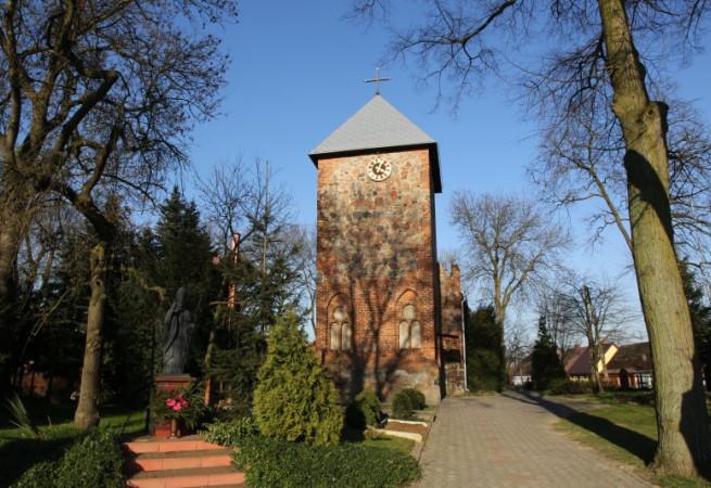 Warnice k.Pyrzyc Kościół parafialny pw NMP Matki Kościoła