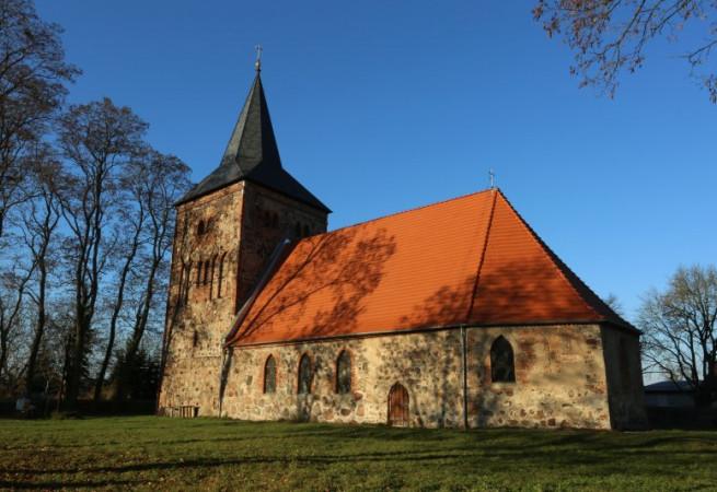 Wełtyń Kościół parafialny pw MB Różańcowej