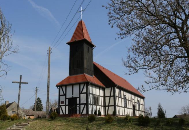 Brzeźniak Kościół filialny pw św.Mikołaja Bp