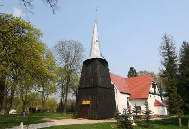 Wyszobór Kościół parafialny pw św. Stanisława Kostki