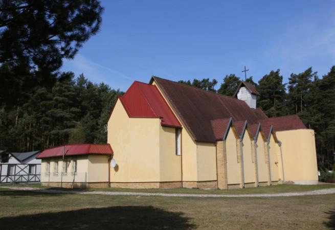 Wisełka Kościół parafialny pw św. Józefa Op. Rodzin