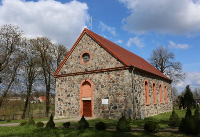 Zajezierze Kościół parafialny pw Najśw. Serca Pana Jezusa
