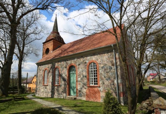 Bonin parafia Zajezierze Kościół filialny pw św. Józefa