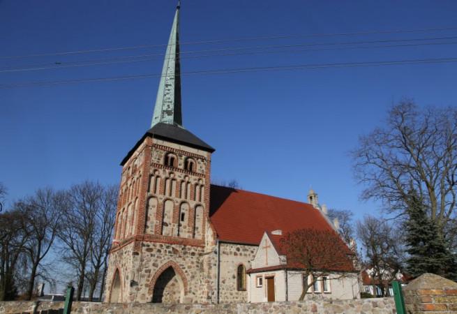 Żuków Kościół parafialny pw Świętej Trójcy